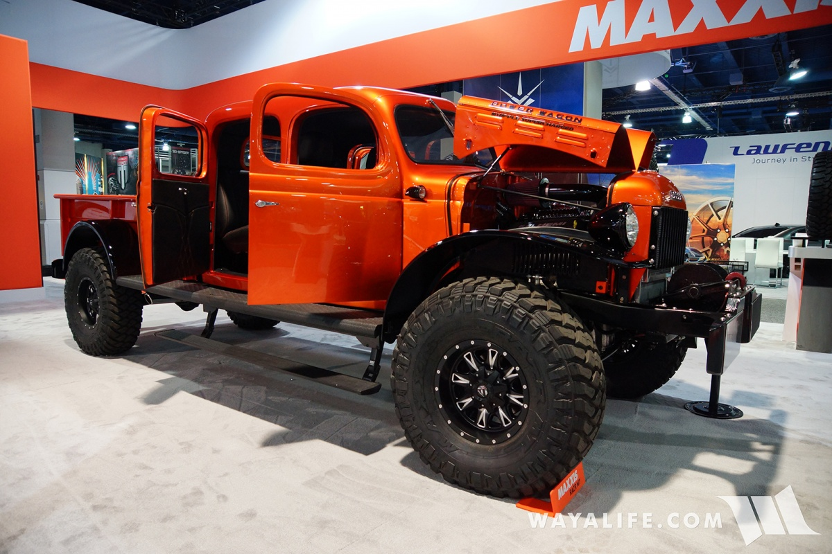 2017 sema maxxis orange dodge power wagon crew cab. Black Bedroom Furniture Sets. Home Design Ideas