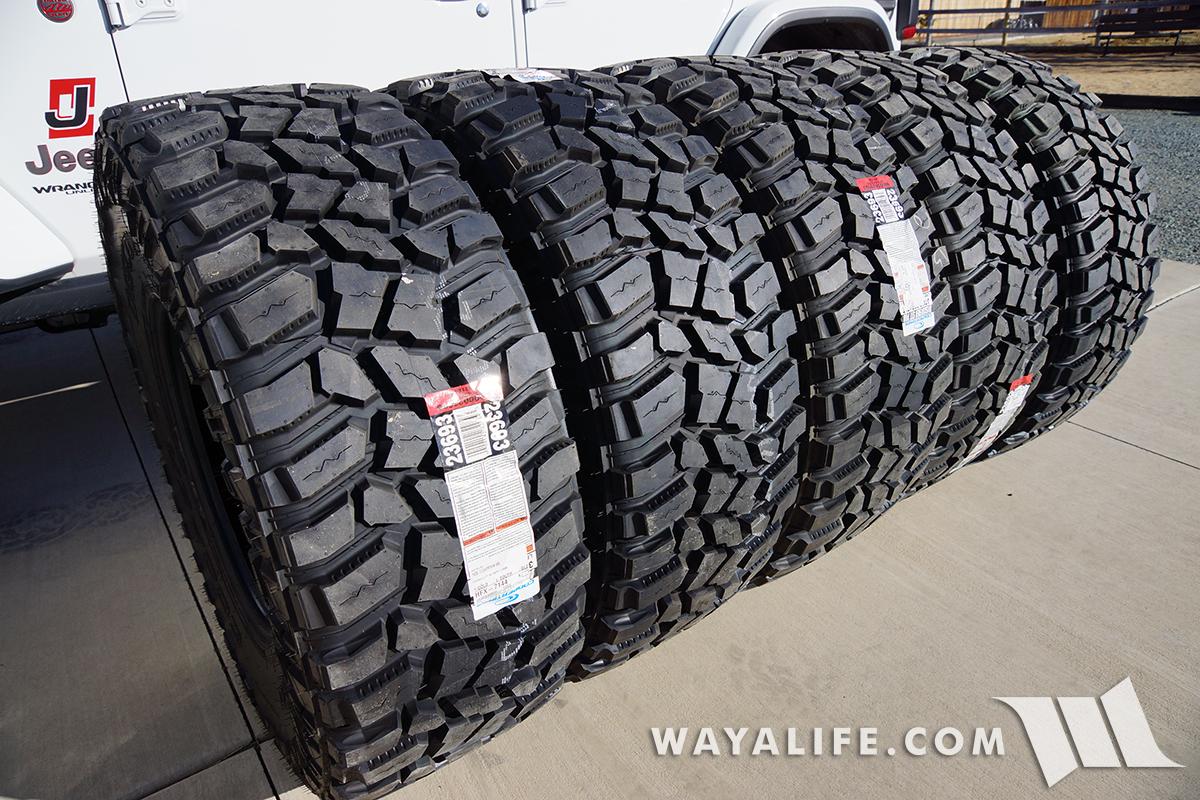 JL Wrangler Cooper STT Pro tires